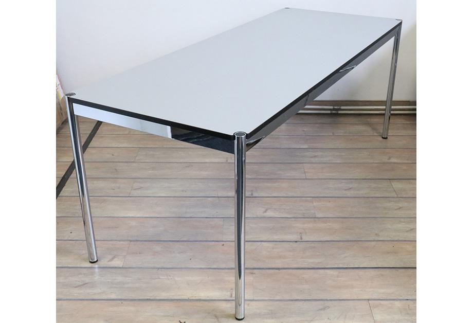 Tisch Schreibtisch Besprechungstisch USM Haller